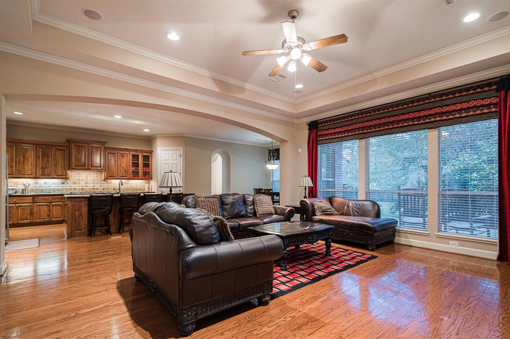 Sugar Land TX Homes for Sale - Reland Homes Group - Living Room